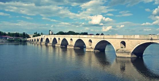Osmanlı yadigarı taş köprüler onarıma alınacak