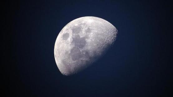 Ay'ın karanlık yüzündeki tohumlar filizlendi