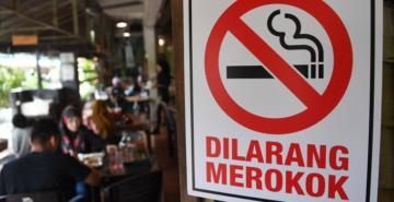 Malezya'da restoran ve kafelere sigara yasağı
