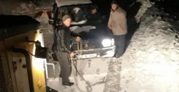 İzmir'in dağlarında kar kalınlığı yarım metreyi aştı