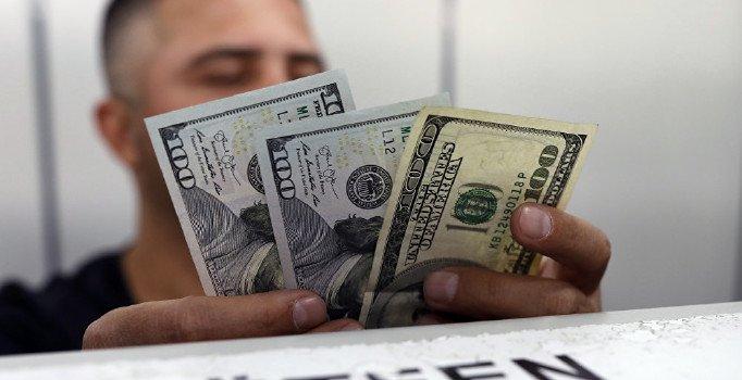 Dolar kuru haftaya 5,25 seviyelerinde başladı
