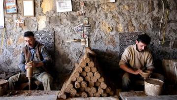 Baba mesleği çanakçılığı Batı Asya pazarına açtılar