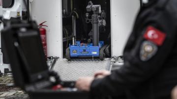 Yerli bomba imha robotu 'Ertuğrul' İstanbul'da görev başında