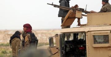 Deyrizor'da teslim olan DEAŞ'lı teröristler ABD üssüne götürüldü