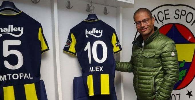 Alex de Souza Fenerbahçe'ye geri dönüyor