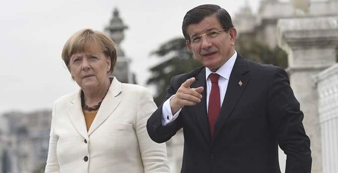 Merkel, Davutoğlu'nun bütün taleplerine 'evet' demiş