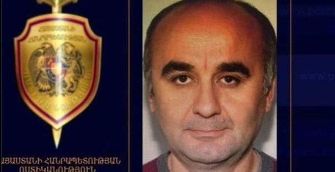 FETÖ'cü Kemal Öksüz 20 bin dolar para cezasıyla serbest