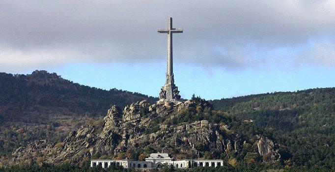 Franco'nun mezarı taşınıyor: Ailesine 2 hafta süre verildi