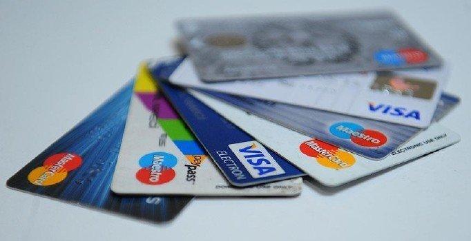 Kredi kartı borcu olanlara Yargıtay'dan kötü haber: Haczin önü açıldı