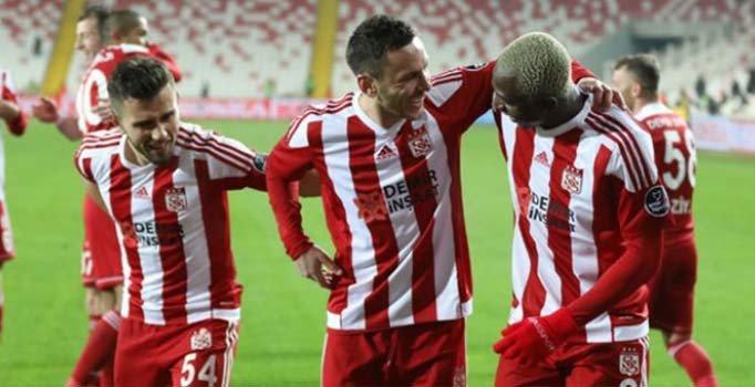 Sivasspor, iç saha serisini 9 maça yükseltti