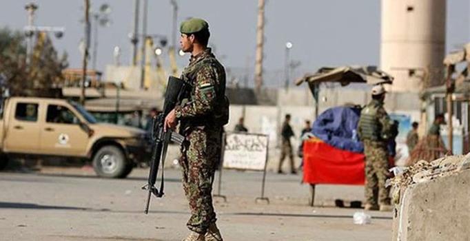 Taliban'dan polis karakoluna saldırı: 7 ölü