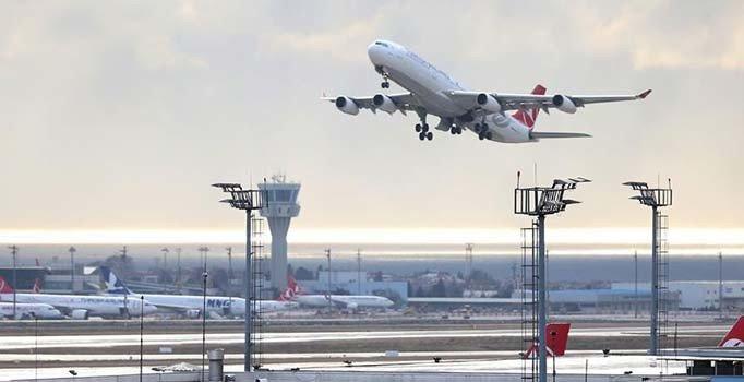 İstanbul havalimanlarından, 1 ayda yaklaşık 56 bin sefer yapıldı