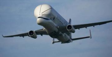 Dev kargo uçağı Airbus Beluga XL deneme uçuşlarını tamamladı